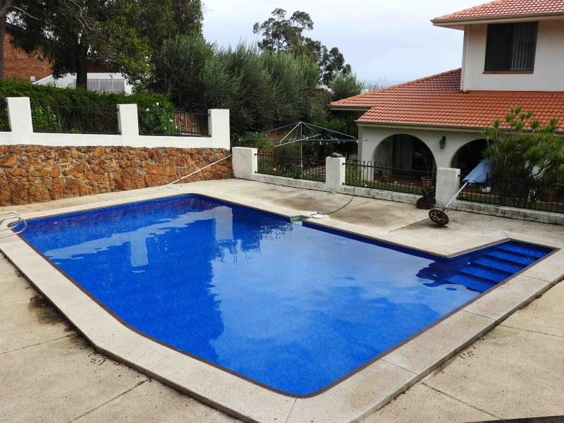 Lesmurdie pool renovation